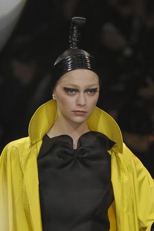 Показ Giorgio Armani Privé коллекции сезона Весна-лето 2009 года haute couture - www.elle.ru - Подиум - фото 86730