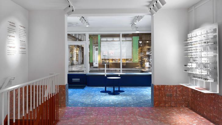 С широко раскрытыми глазами: яркий магазин очков Ace & Tate в Сохо (фото 2)
