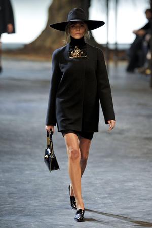 Показы мод Lanvin Осень-зима 2011-2012 | Подиум на ELLE - Подиум - фото 2157