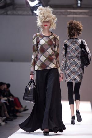 Показы мод Junya Watanabe Осень-зима 2013-2014 | Подиум на ELLE - Подиум - фото 622