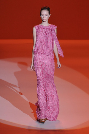 Показы мод Carolina Herrera Весна-лето 2010 | Подиум на ELLE - Подиум - фото 3081