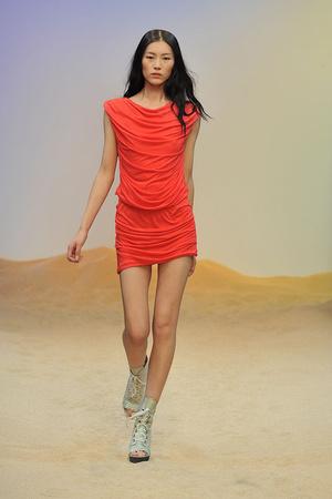 Показы мод Guy Laroche Весна-лето 2010 | Подиум на ELLE - Подиум - фото 2922