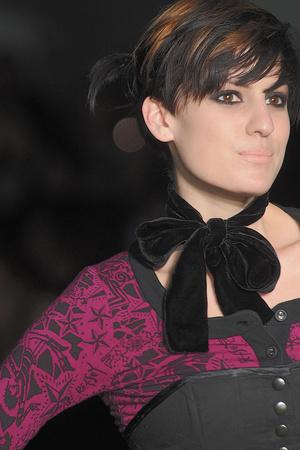 Показ Betsey Johnson коллекции сезона Осень-зима 2010-2011 года Prêt-à-porter - www.elle.ru - Подиум - фото 143878