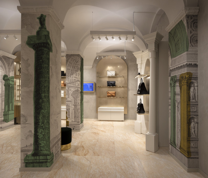 Delvaux opens its first boutique in Rome (фото 5)