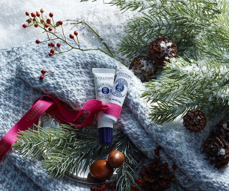 Всем и сразу: где найти новогодние подарки для всей семьи фото [1]