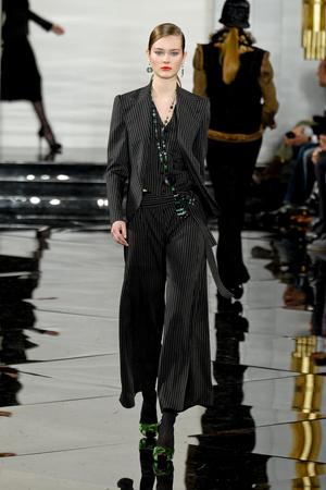 Показы мод Ralph Lauren Осень-зима 2011-2012 | Подиум на ELLE - Подиум - фото 2312