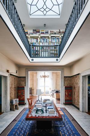 Дома Карла Лагерфельда (фото 1.2)