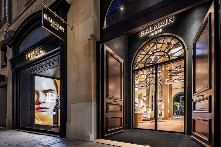 Флагманский бутик Balmain в Париже (фото 0)