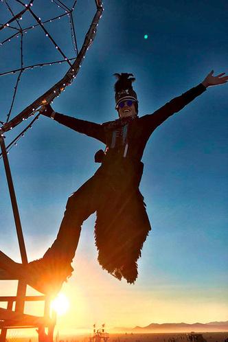 Буря в пустыне: Эдгардо Озорио — о том, как выжить на фестивале Burning Man фото [3]