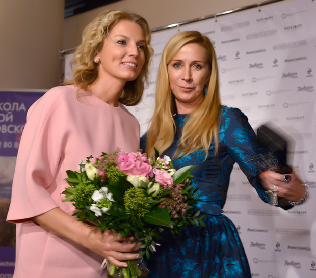 Ника Белоцерковская и Анастасия Рагозина