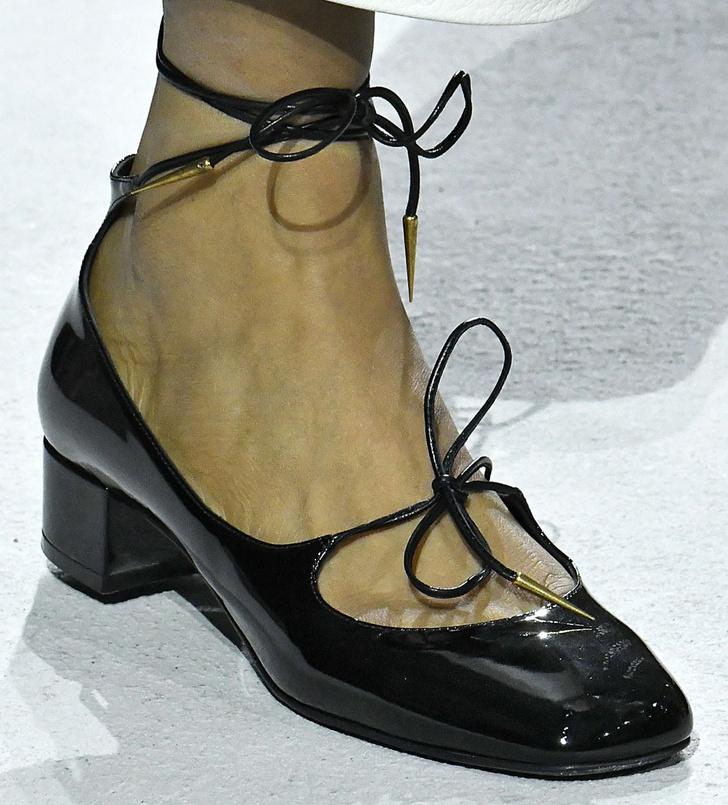 Обувь на Неделе моды в Париже, которую вы будете носить весной фото [5]