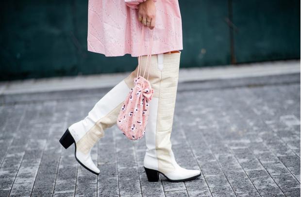 12 сумок-мешочек, модные в этом сезоне (фото 1)