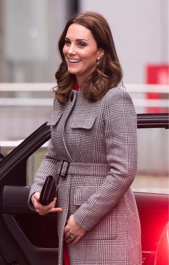 Кейт Миддлтон и принц Уильям в Манчестере (фото 4)