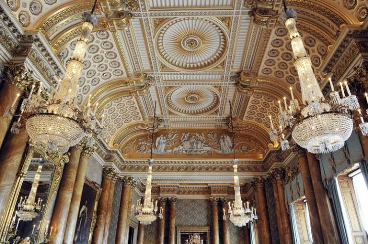 9 фактов, которых мы не знали о Букингемском дворце