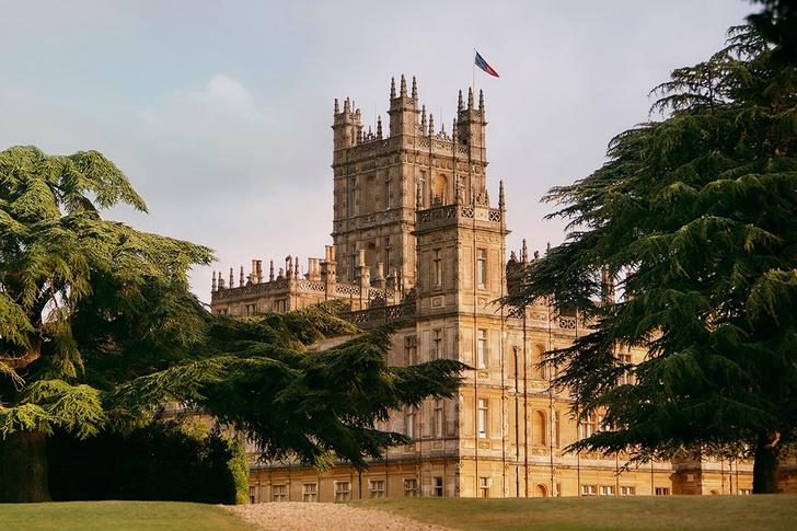 Замок Downton Abbey можно снять в аренду на Airbnb (фото 0)
