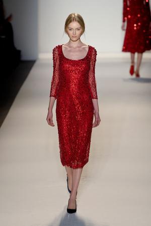 Показы мод Jenny Packham Осень-зима 2013-2014 | Подиум на ELLE - Подиум - фото 832