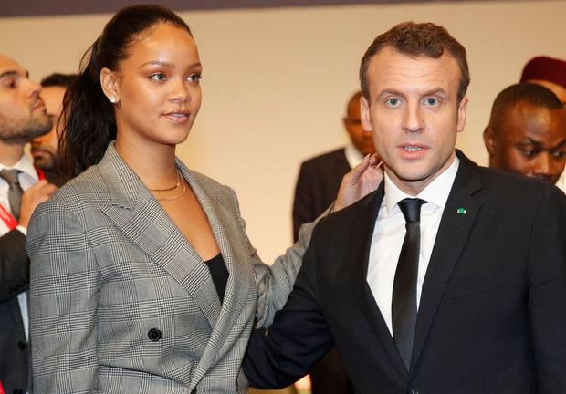 Рианна и Эммануэль Макрон на конференции в Сенегале (фото 1)