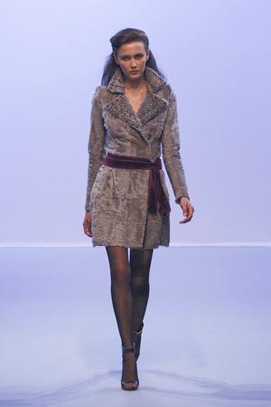 Показ Christophe Josse коллекции сезона Осень-зима 2010-2011 года Haute couture - www.elle.ru - Подиум - фото 167178