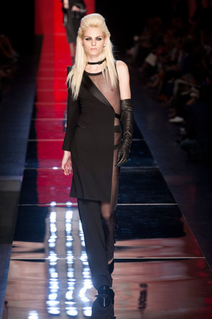 Показ Jean Paul Gaultier коллекции сезона Осень-зима 2012-2013 года Haute couture - www.elle.ru - Подиум - фото 404630