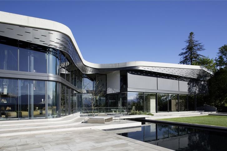 Шпионские игры: дом по проекту Тьерри Лемэра (фото 0)