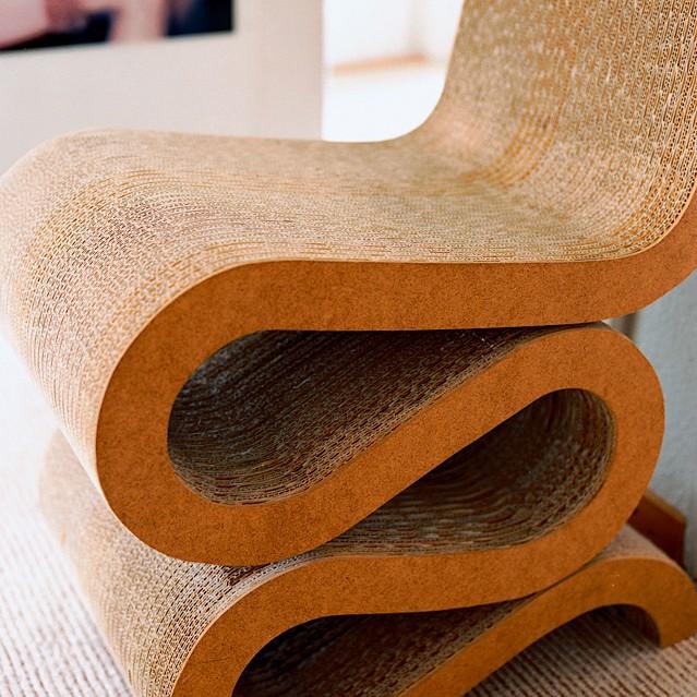 Культовый объект: Wiggle Side Chair Фрэнка Гери (фото 6)