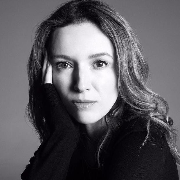 Любимица критиков и Меган Маркл: что мы знаем о Клэр Уэйт Келлер (фото 1)