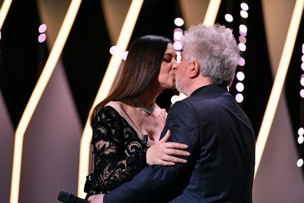 Моника Беллуччи и Педро Альмодовар