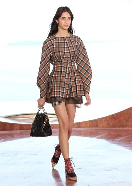 Показ круизной коллекции Dior в Каннах | галерея [1] фото [50]