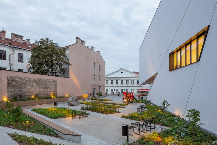 Музей по проекту Даниэля Либескинда в Вильнюсе (фото 7)