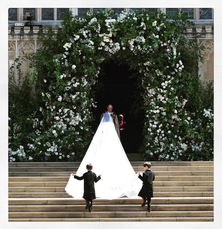 Чистота и простота: дизайнер, создававшая подвенечное платье Меган Маркл, опубликовала неизвестные снимки свадебной церемонии (фото 5)