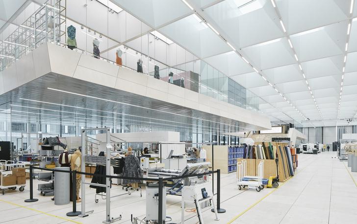 Новое здание штаб-квартиры Swarovski от студии Snøhetta (фото 3)