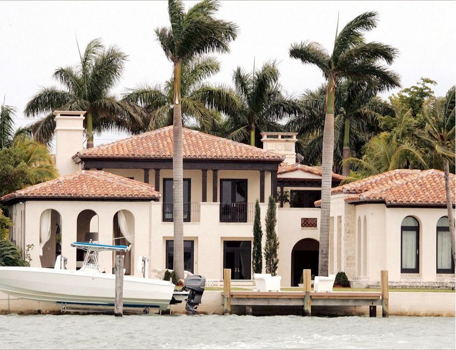 Дома звезд: где живут Рианна, Анджелина Джоли и Мадонна (фото 14)