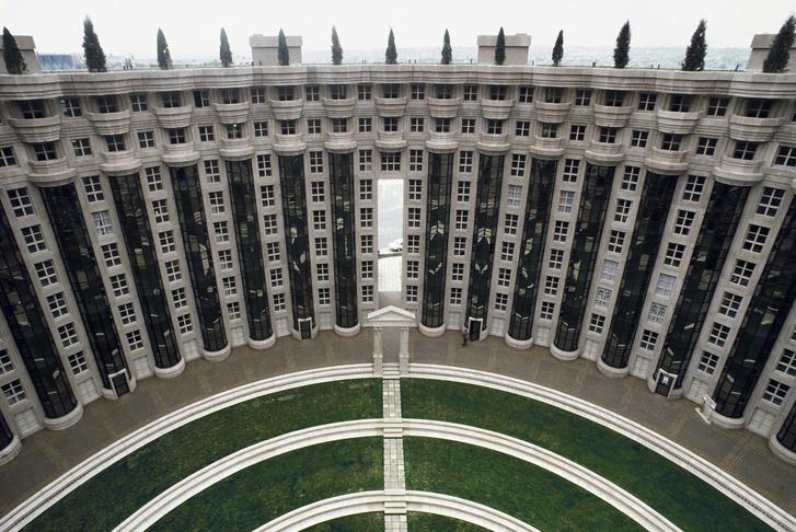 Рикардо Бофилл: самый известный архитектор постмодернизма (фото 26)