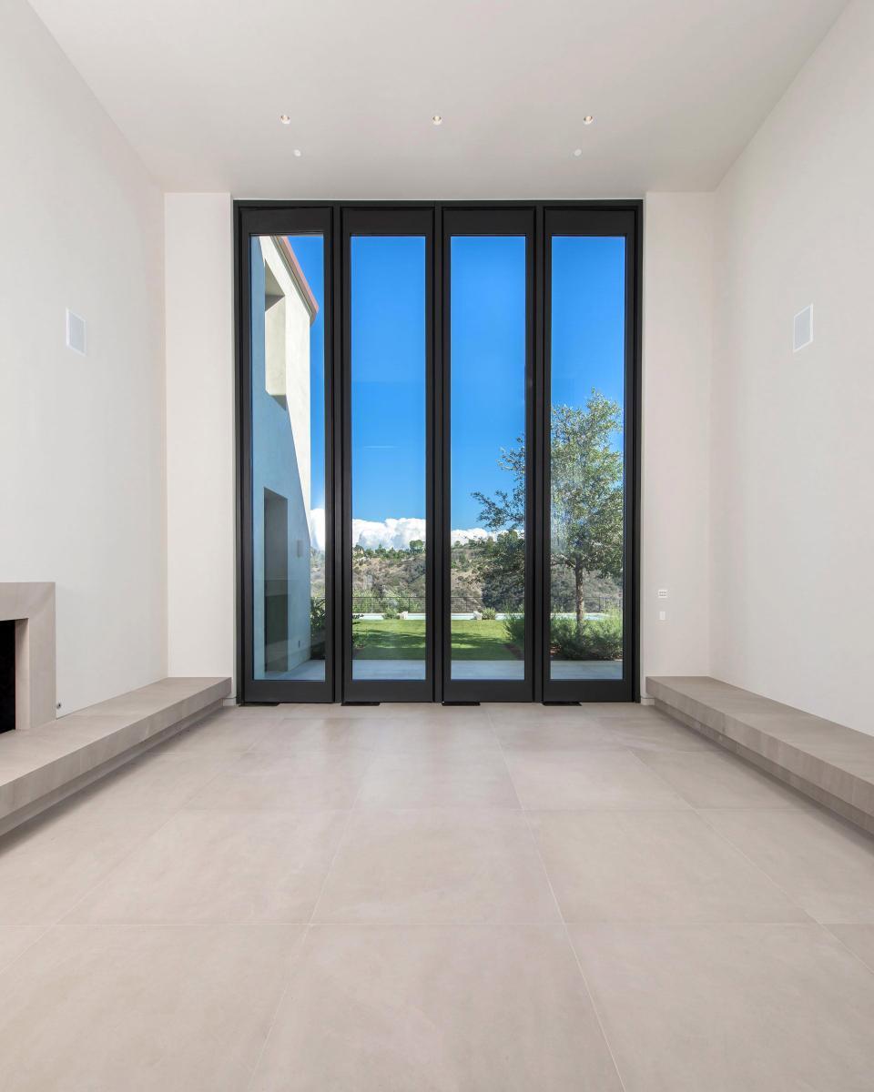Дом Ким Кардашьян и Канье Уэст продан за 17,8 млн долларов | галерея [1] фото [6]
