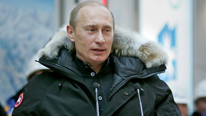 Владимиру Путину - 66 лет: стиль президента в лучших фотографиях (фото 5)