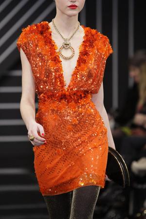 Показы мод Jenny Packham Осень-зима 2010-2011 | Подиум на ELLE - Подиум - фото 2800