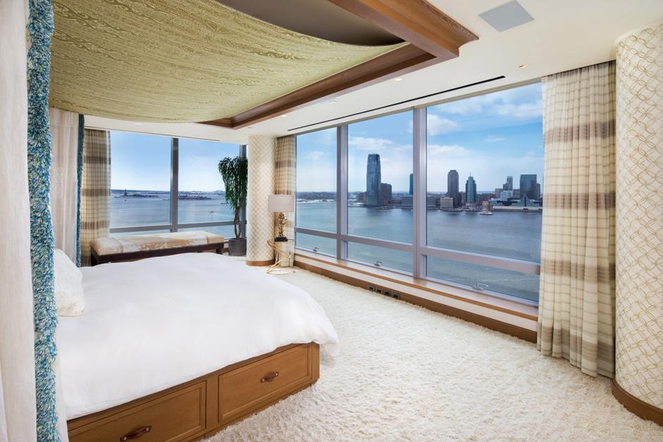 Тайра Бэнкс продает квартиру в Нью-Йорке | галерея [1] фото [2]