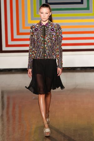 Показы мод Fashion East Весна-лето 2012 | Подиум на ELLE - Подиум - фото 1950