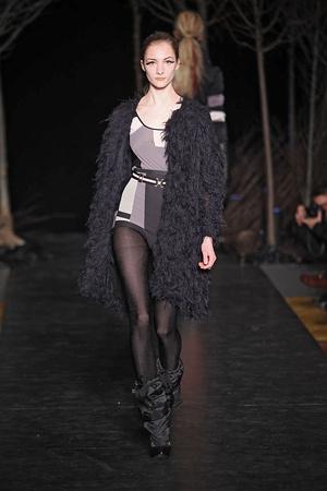 Показ Cynthia Rowley коллекции сезона Осень-зима 2010-2011 года Prêt-à-porter - www.elle.ru - Подиум - фото 143951