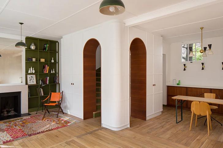 Парижская квартира с яркими акцентами в доме XIX века (фото 3)