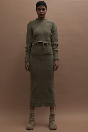Показ Yeezy Season 3 коллекции сезона Осень-зима 2016-2017 года prêt-à-porter - www.elle.ru - Подиум - фото 603644