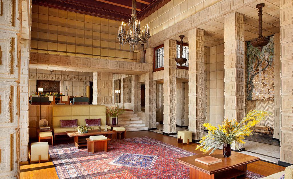 «Дом Эннисов» Фрэнка Ллойда Райта выставлен на продажу (галерея 7, фото 1)