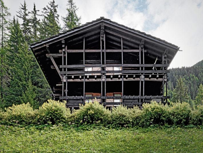 Дом-легенда: альпийская хижина по проекту Карло Моллино (фото 6)