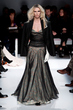 Показ Schiaparelli коллекции сезона Весна-лето 2014 года haute couture - www.elle.ru - Подиум - фото 574222