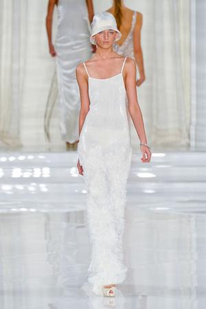 Показы мод Ralph Lauren Весна-лето 2012 | Подиум на ELLE - Подиум - фото 1989