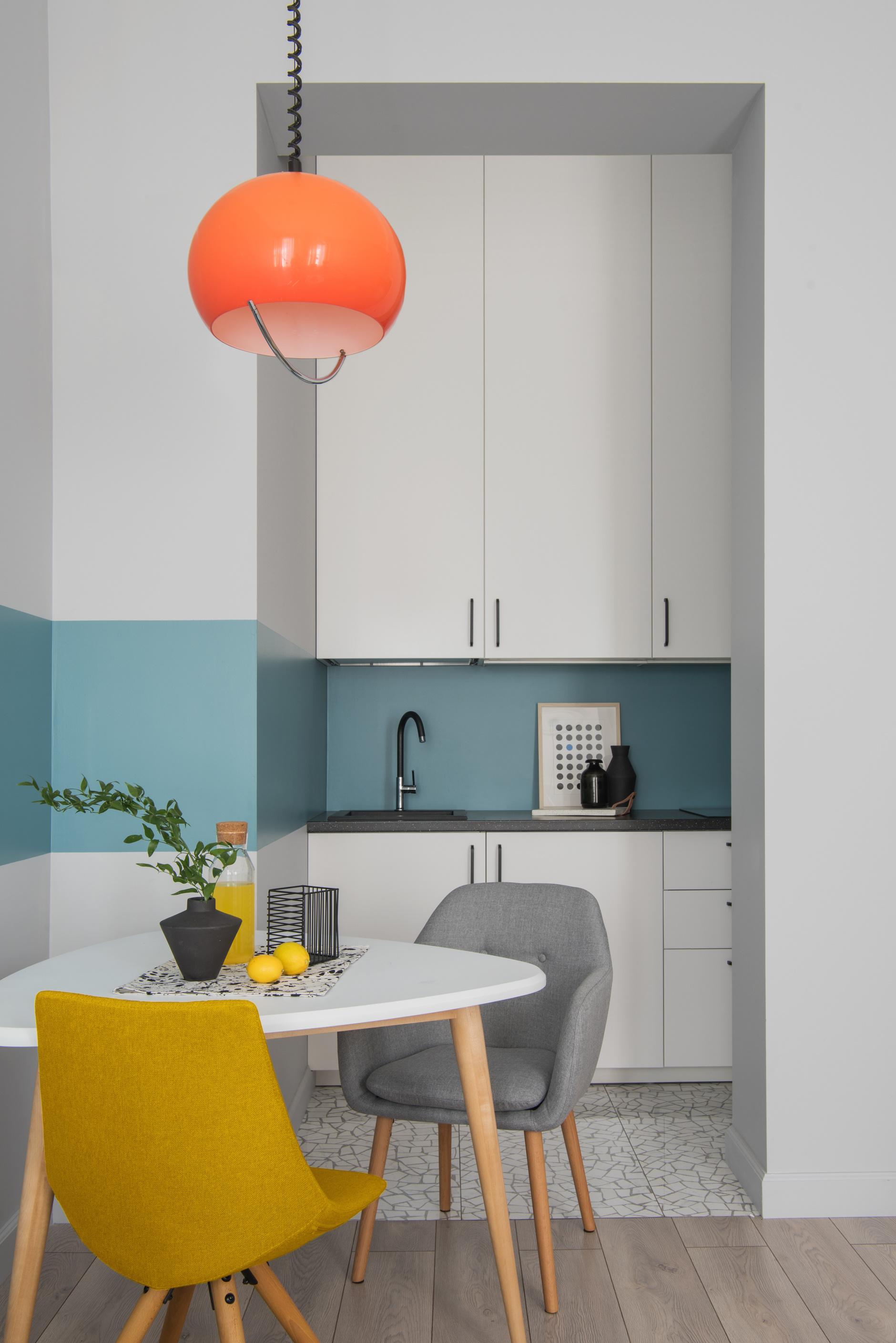 35+ проектов кухонь в маленьких квартирах (галерея 0, фото 2)