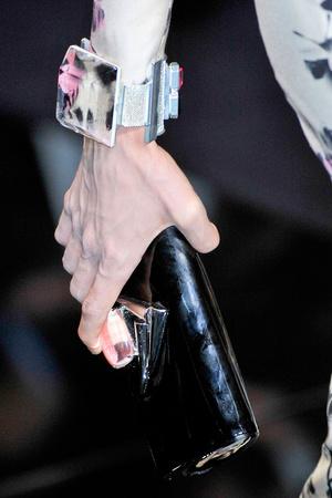 Показ Giorgio Armani Privé коллекции сезона Осень-зима 2011-2012 года haute couture - www.elle.ru - Подиум - фото 277719