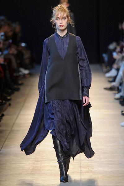 Самые красивые образы Недели моды в Милане   галерея [1] фото [31]