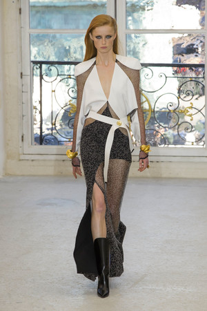 Показ Louis Vuitton коллекции сезона Весна-лето  2017 года Prêt-à-porter - www.elle.ru - Подиум - фото 613461