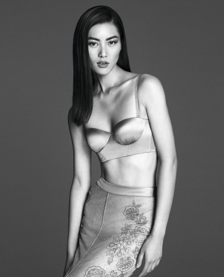 Ретро-белье: сатиновое бюстье, нижняя юбка из тюля